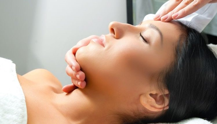 specialist facials, camberley beauty spa and salon