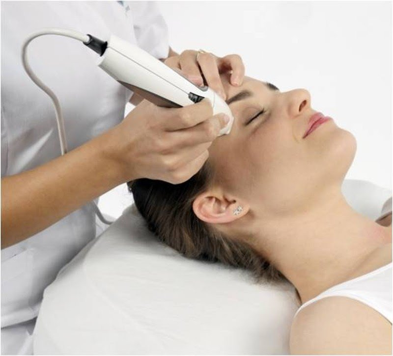 The Pyramid Facial – 3 Treatments In 1!
